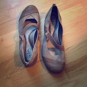Like New Tan Ballet Flats with Strap size 9